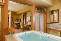 The Inn At Leola Village, A Historic Hotel of America | Leola | Bridal Suite Soaking Tub