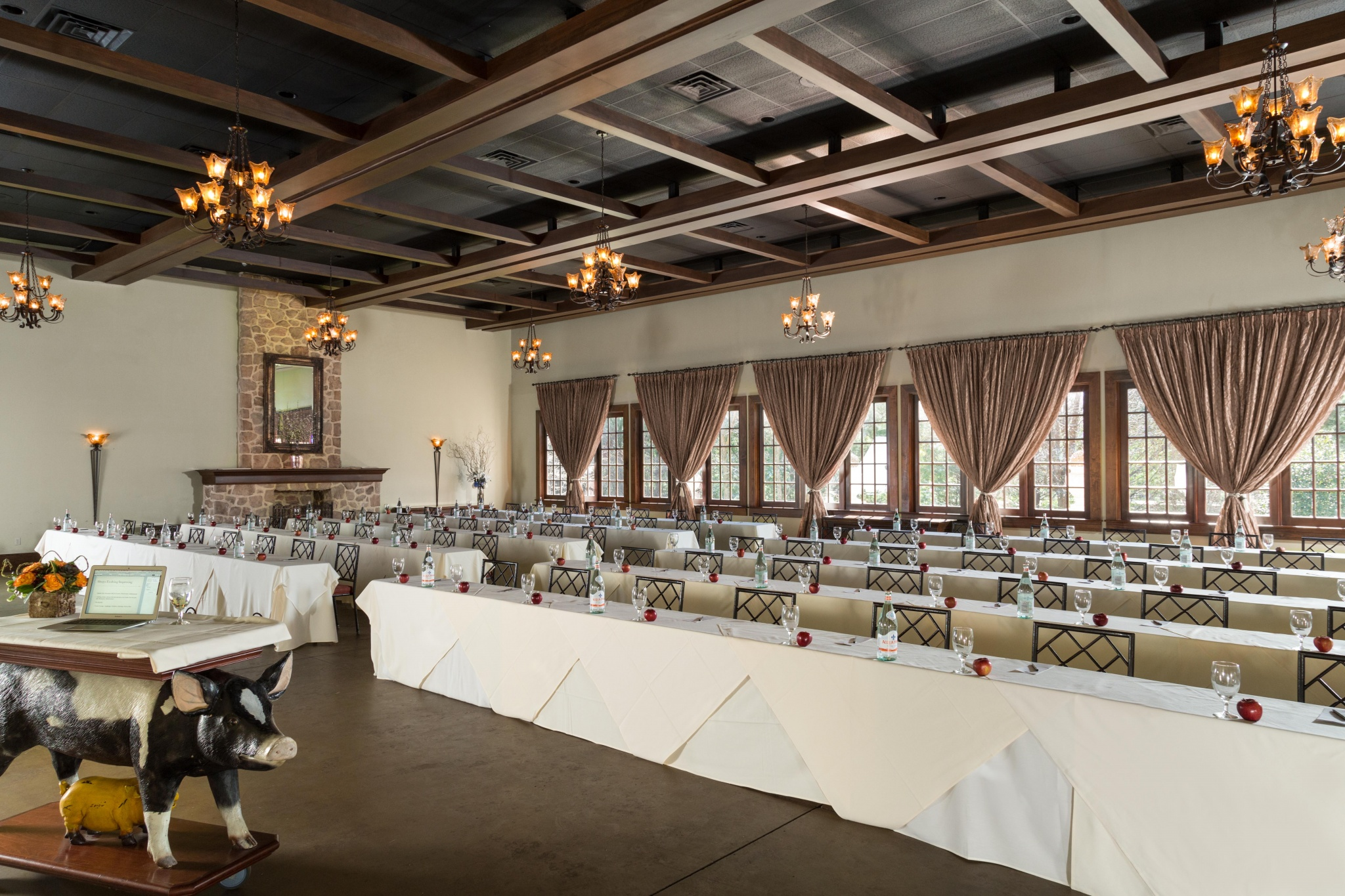 The Inn At Leola Village, A Historic Hotel of America | Leola | Classroom Style Presentation